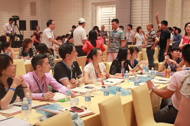 销售女神徐鹤宁《如何成为世界销售冠军》隆重开课了.
